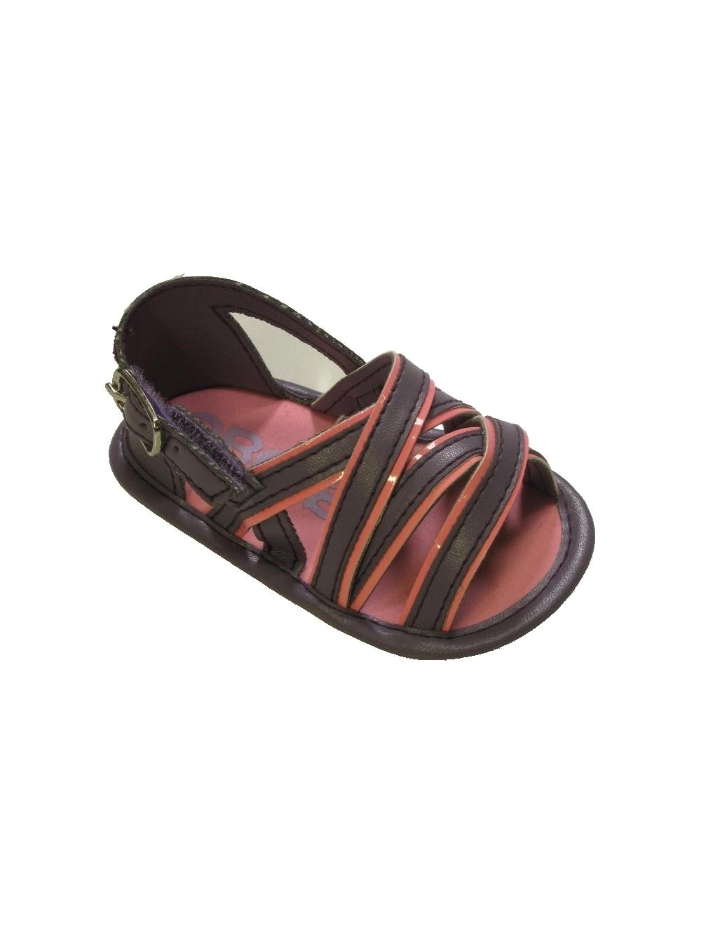 Vêtements et chaussures bébé fille chez du Kiabi obaibi Gémo Kickers Nike Adidas etc